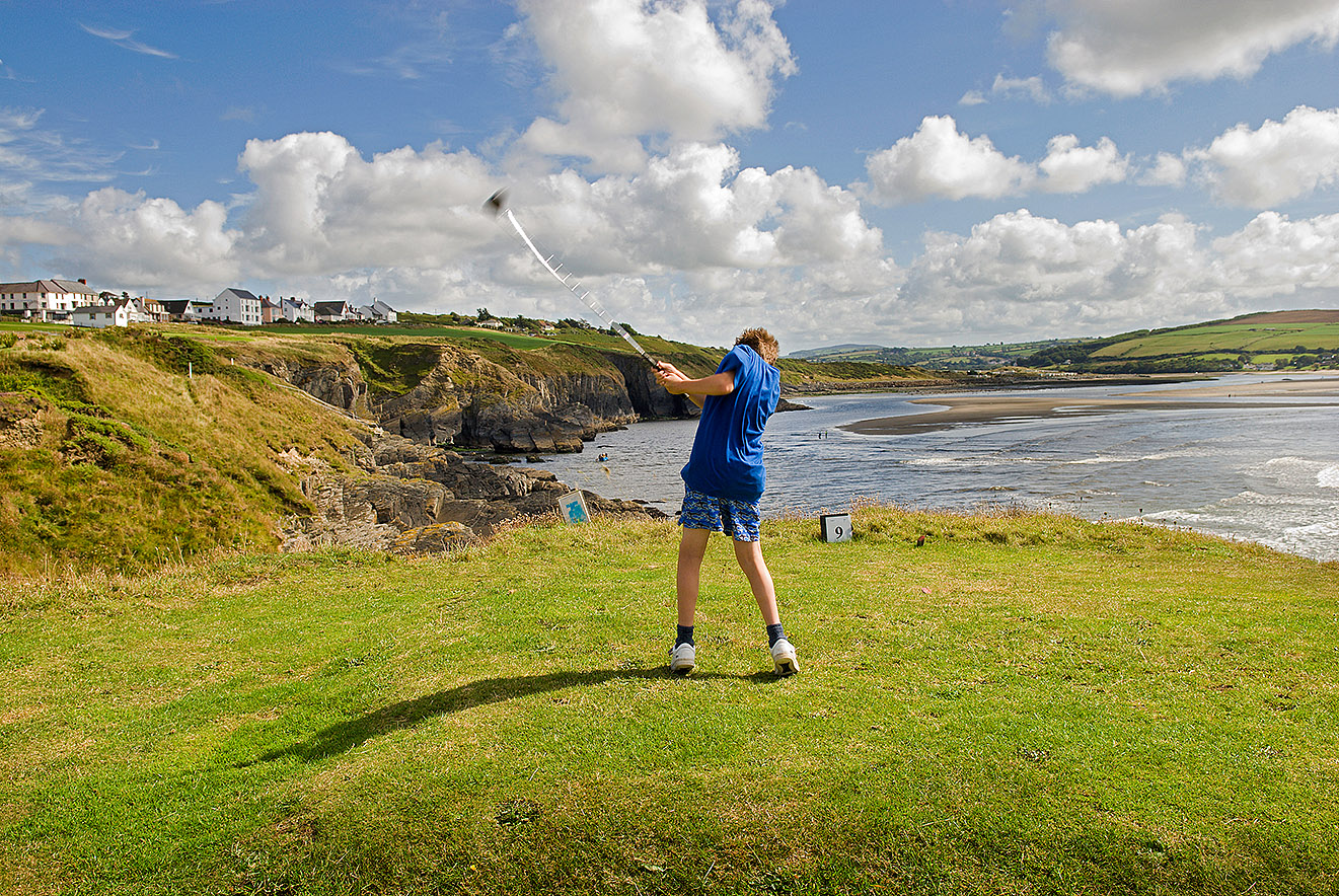Cardigan Golf  Club ©Visit Wales